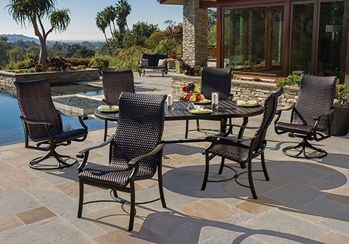 Tropitone Outdoor Dining Set